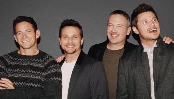 98 Degrees at Christmas 2018 350x200.jpg