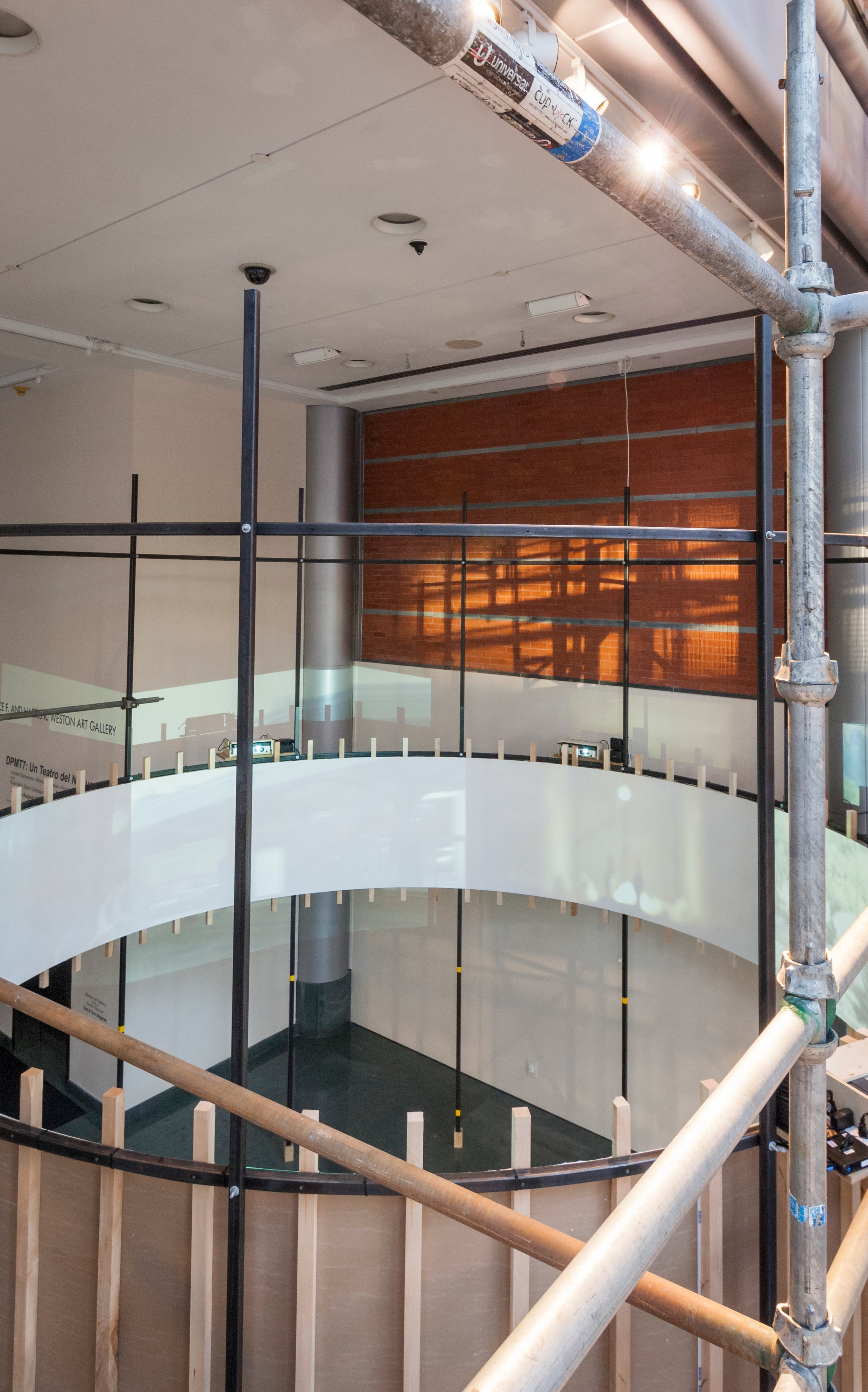 Dpmt7 Un Teatro Del Nuovo Cincinnati Arts Weston Wiring Diagram Street Level Gallery With Cyclorama Installation View Detail